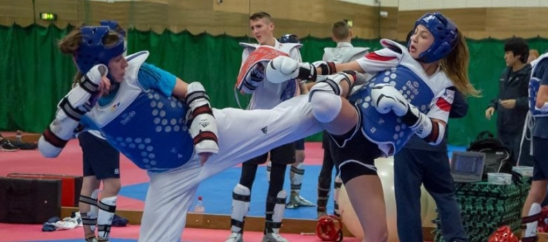 LIVERPUDLIAN WALKDEN AIMS FOR FAB FOUR HIT AT EUROS