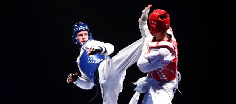 Super Sinden storms to landmark world title on golden night for GB Taekwondo
