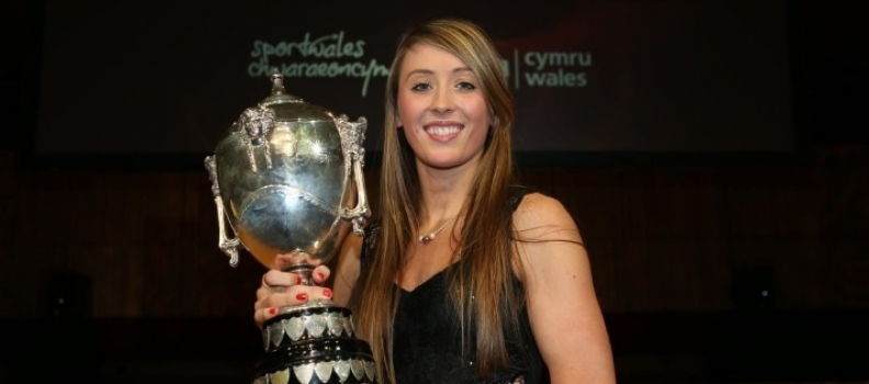 Golden Wonders Jade and Lauren are Pride of Wales